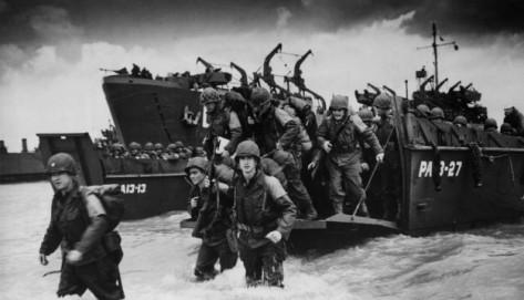 Comic Books & WWII - Beach Landing - FOTF