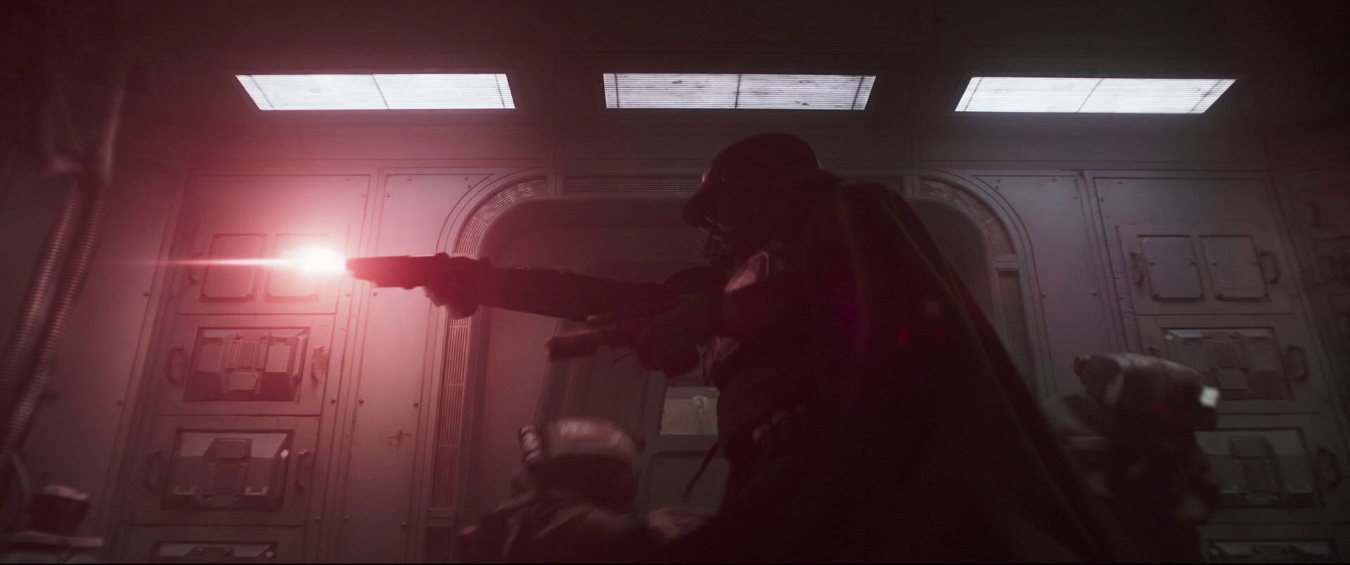 Solo-A-Star-Wars-Story-Trailer-Analysis-Blaster-Attack-Future-of-the-Force