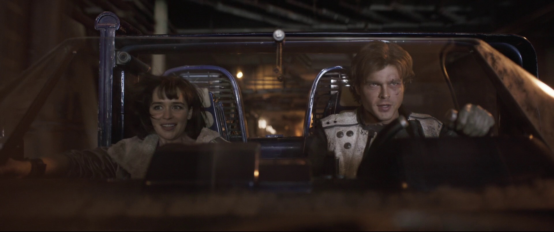 Solo-A-Star-Wars-Story-Trailer-Analysis-Solo-And-Qira-Speeder-Future-of-the-Force