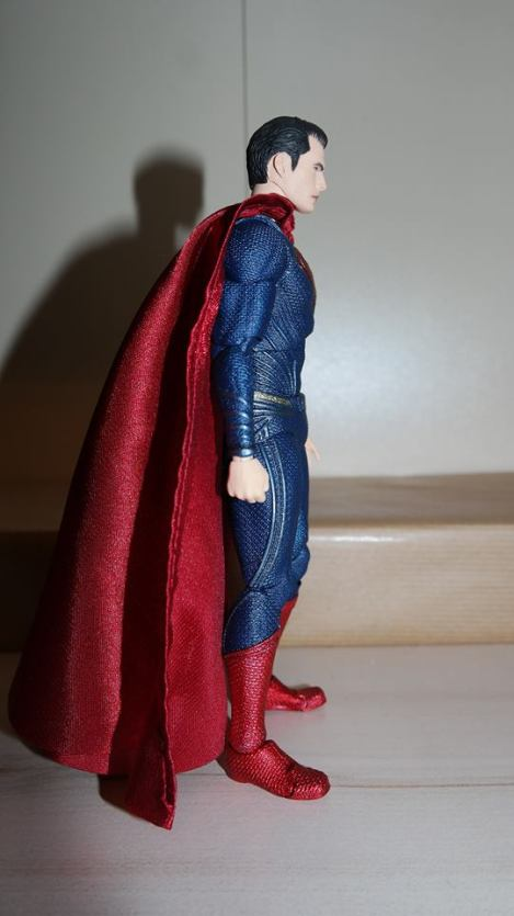 Review Mafex Superman 11