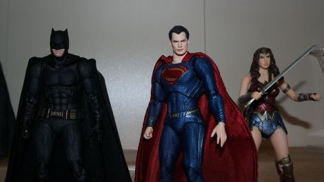 Review Mafex Superman 12