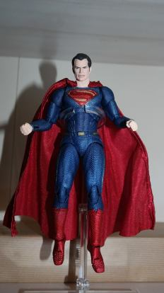 Review Mafex Superman 2