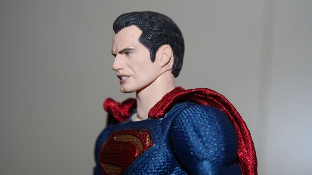 Review Mafex Superman 6