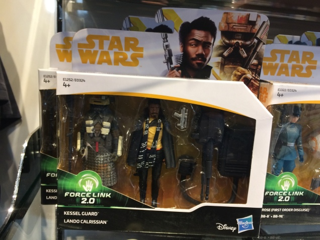 Star-Wars-Disney-Store-Solo-Launch-Lando-and-Kessel-Guard