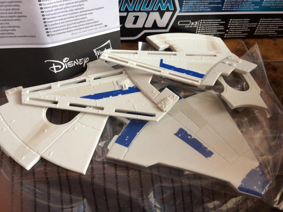 Solo-Millennium-Falcon-21
