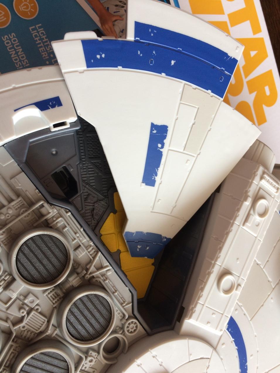 Solo-Millennium-Falcon-43