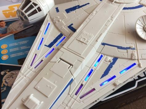 Solo-Millennium-Falcon-59