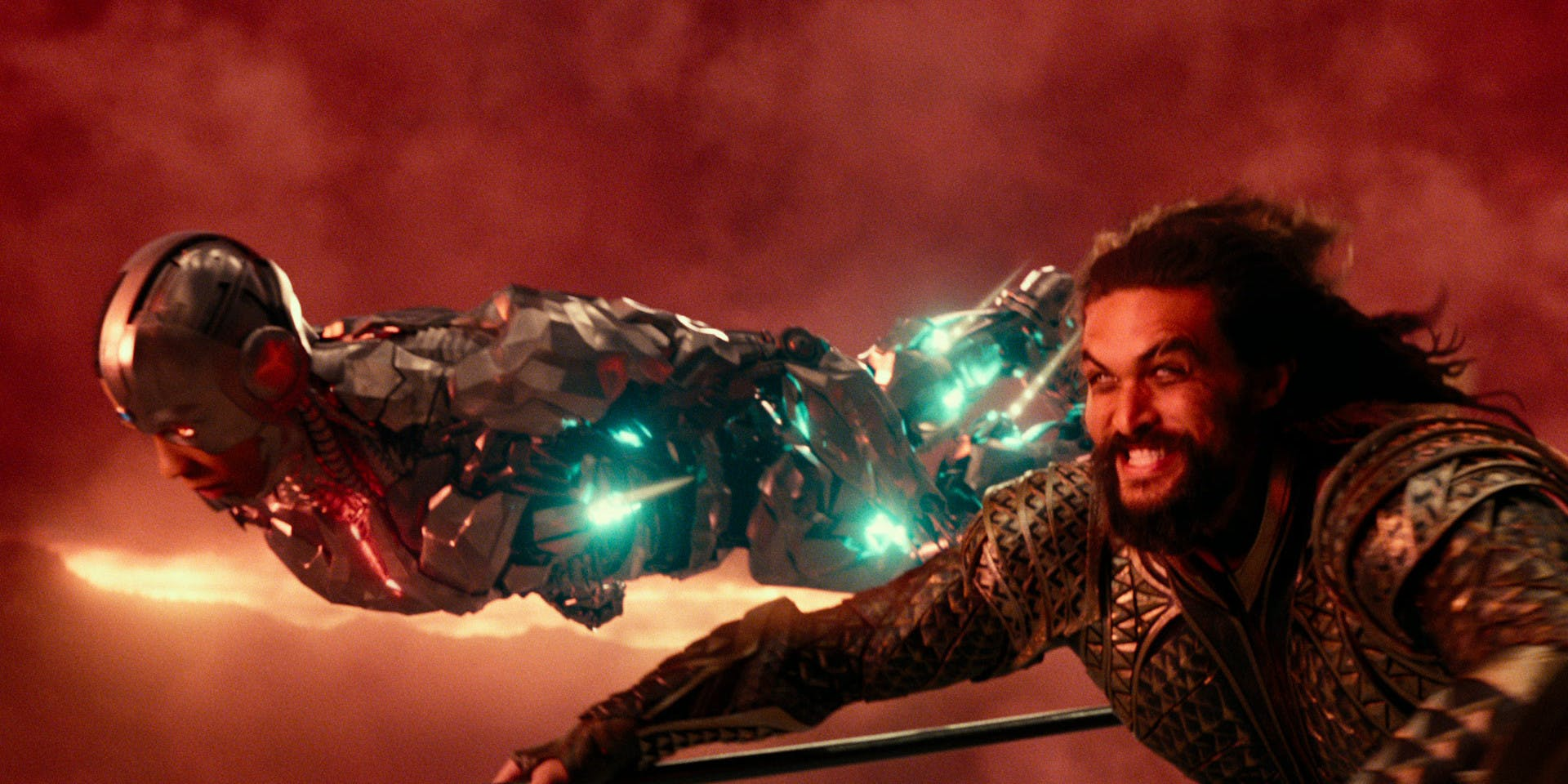 justice-league-jason-momoa-announces-aquaman
