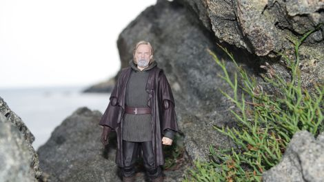Luke Skywalker-Figuarts-Review-16
