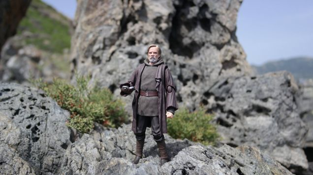 Luke Skywalker-Figuarts-Review-20