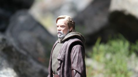 Luke Skywalker-Figuarts-Review-22
