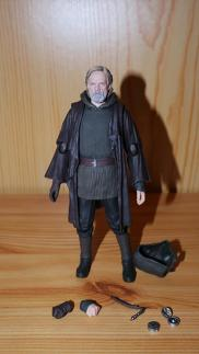 Luke Skywalker-Figuarts-Review-4