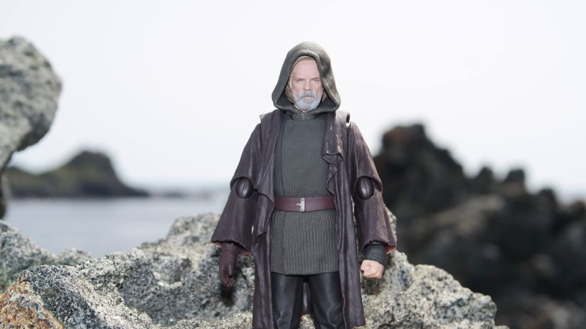 Luke Skywalker-Figuarts-Review-9