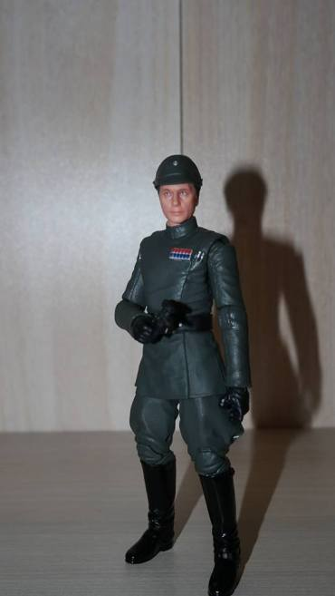 Black-Series-Admiral-Piett-Review-2