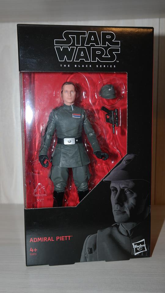 Black-Series-Admiral-Piett-Review-3