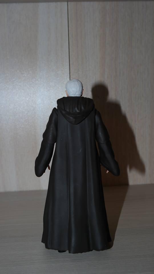 Obi-Wan-Kenobi-Figuarts-Review-6