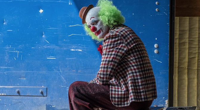 This First Look at Joaquin Phoenix As The Joker Is Super Disturbing