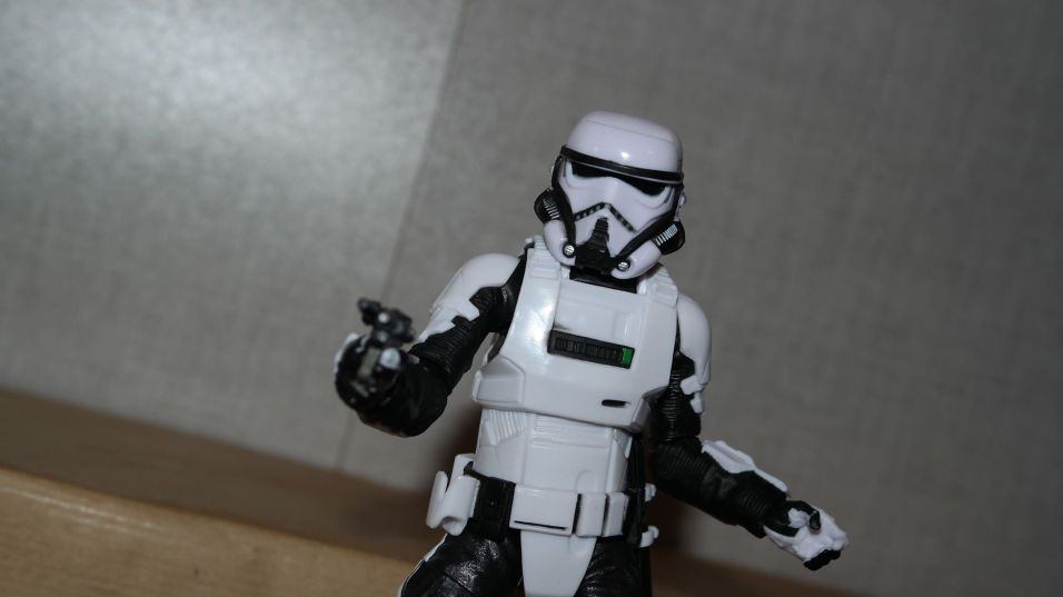 Black-Series-Imperial-Patrol-Trooper-Review-12