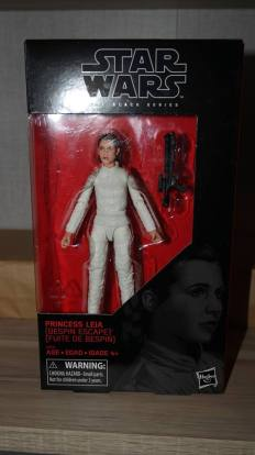 Black Series Review: Princess Leia (Bespin Escape) Target Exclusive | The Empire Strikes Back