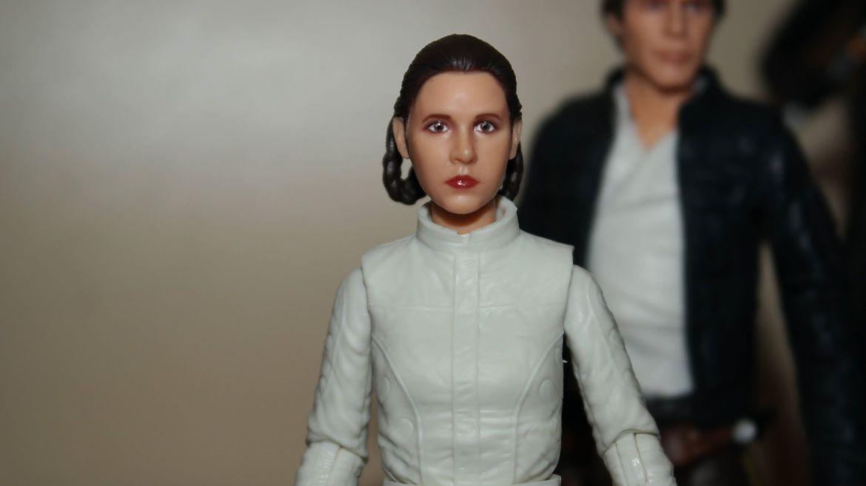 Black-Series-Princess-Leia-Bespin-Review-10