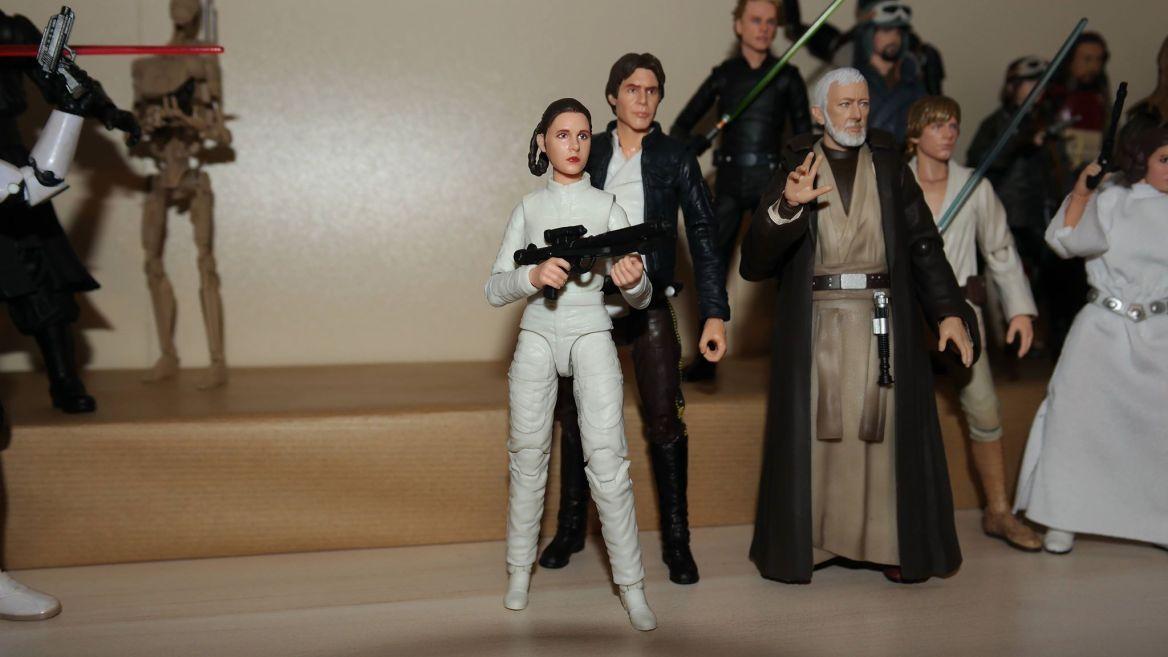 Black-Series-Princess-Leia-Bespin-Review-3