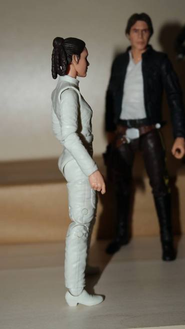 Black-Series-Princess-Leia-Bespin-Review-4