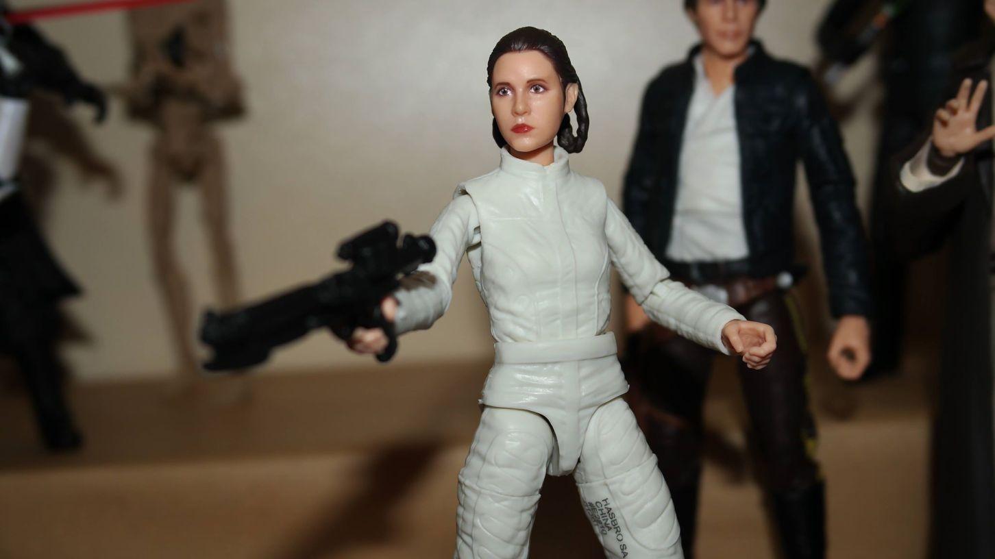 Black-Series-Princess-Leia-Bespin-Review-7