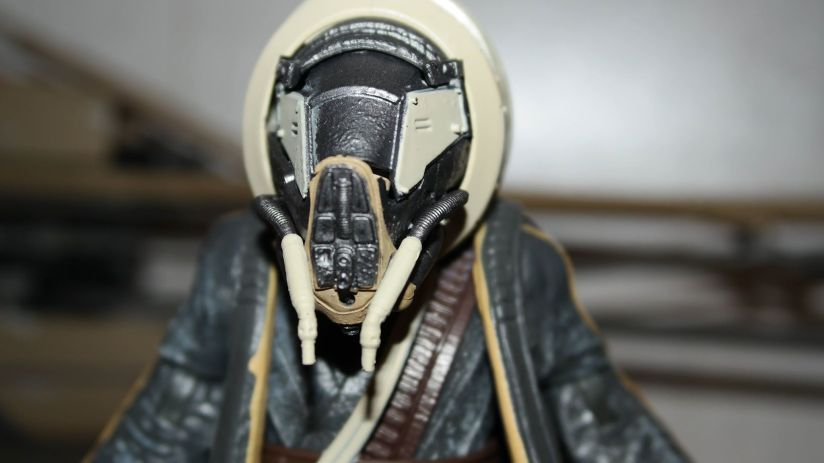 Hasbro-Black-Series-Moloch-Solo-Star-Wars-Review-11
