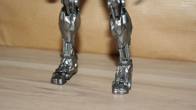 MAFEX-Cyborg-Justice-League-Review-12