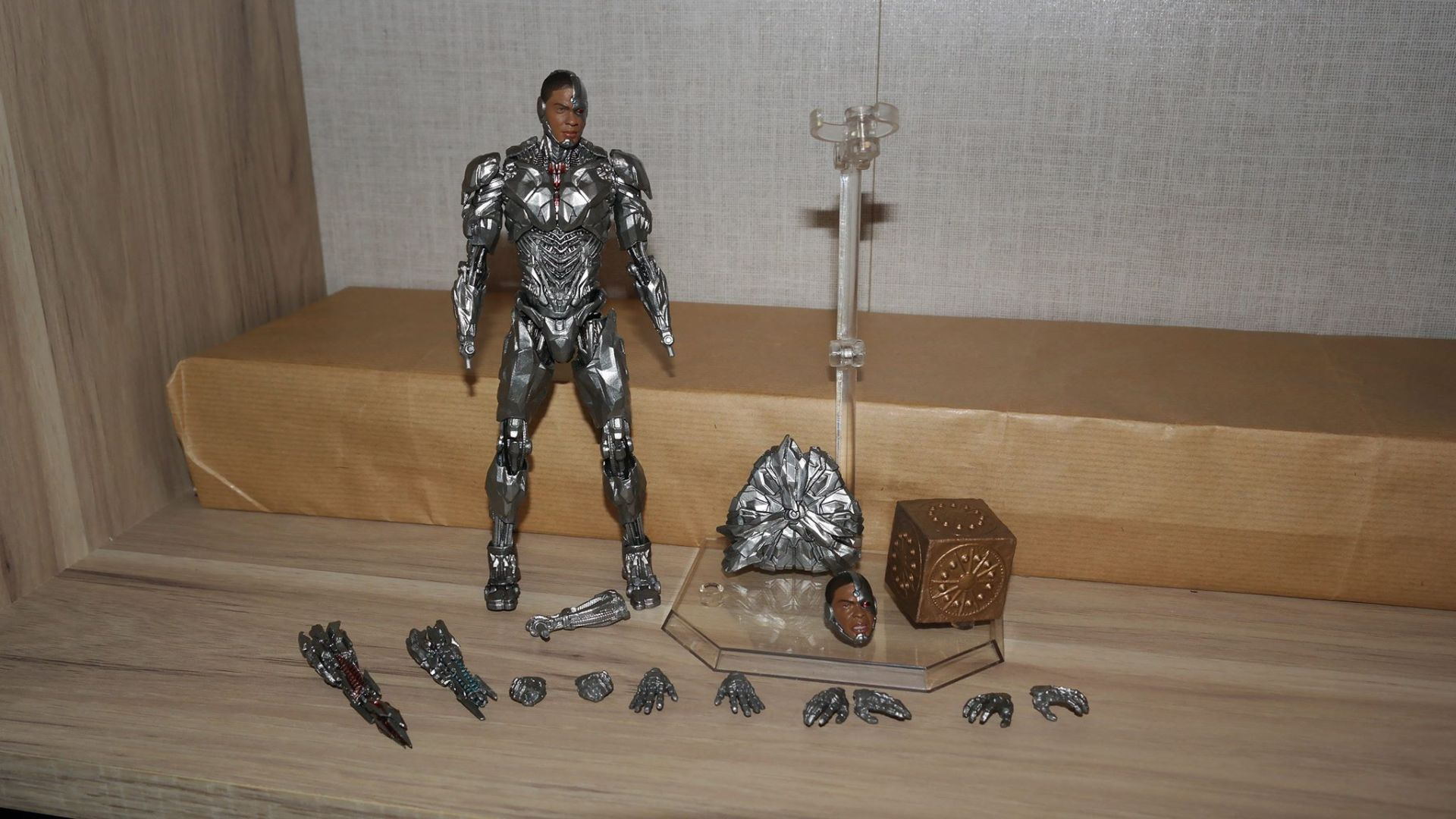 Justice League Review | Cyborg MAFEX