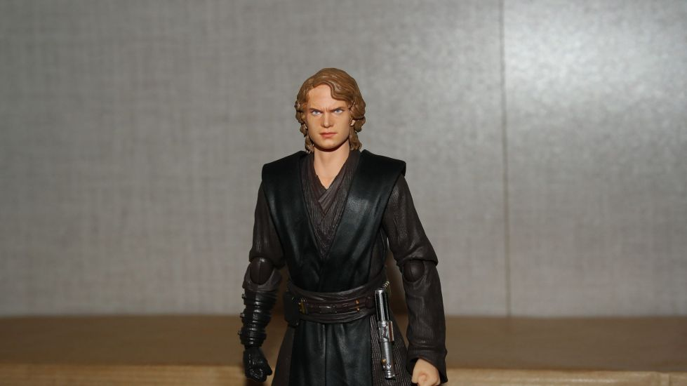SH-Figuarts-Anakin-Skywalker-Review-2