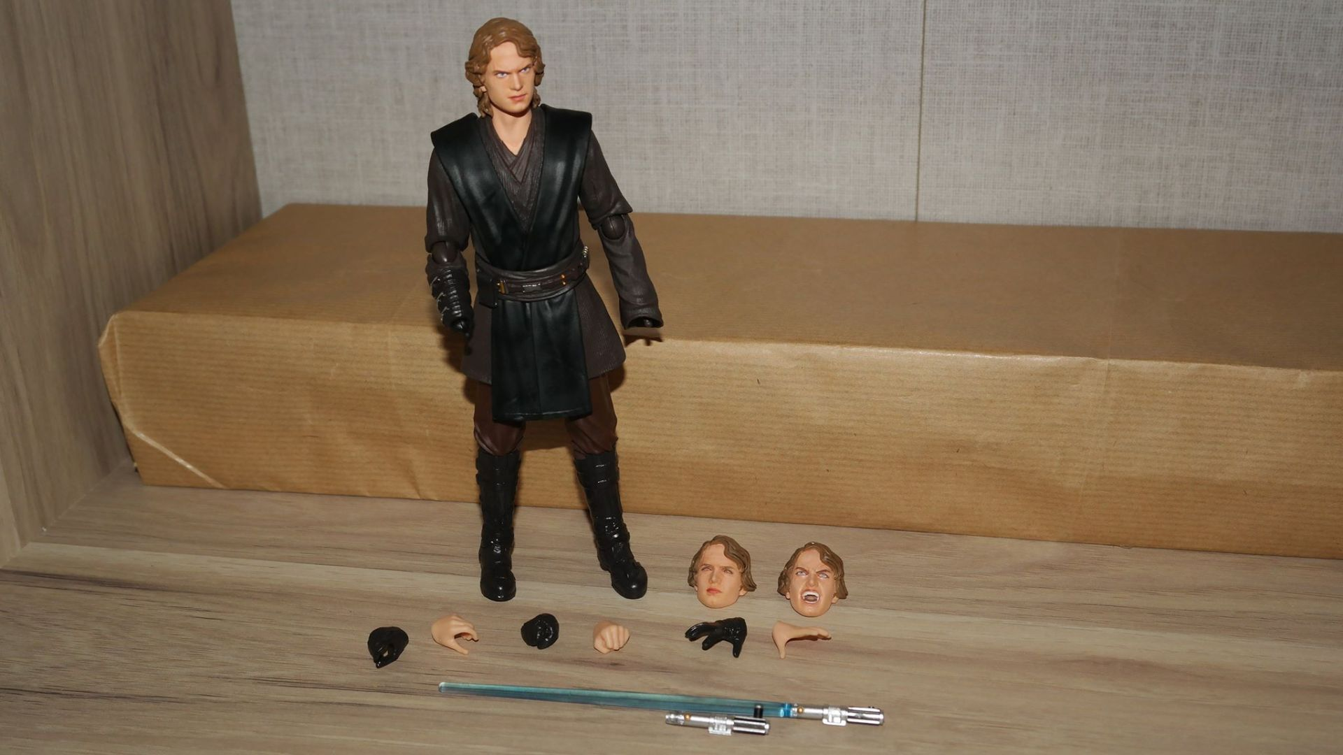 SH-Figuarts-Anakin-Skywalker-Review-4