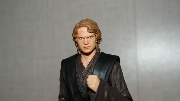 SH-Figuarts-Anakin-Skywalker-Review-5