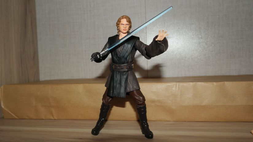 SH-Figuarts-Anakin-Skywalker-Review-8
