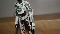 Star-Wars-Black-Series-L3-37-Review-10
