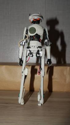 Star-Wars-Black-Series-L3-37-Review-4