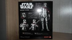 Star-Wars-Mafex-Captain-Phasma-Review-1