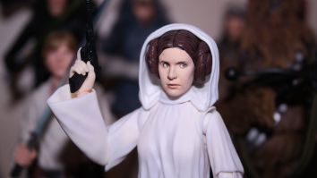 SH-Figuarts-Star-Wars-Princess-Leia-Organa-A-New-Hope-Review