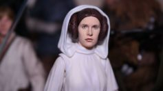 SH-Figuarts-Star-Wars-Princess-Leia-Organa-A-New-Hope-Review-5