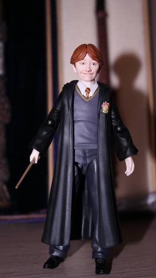 FOTF S.H Figuarts Harry Potter Ron Weasley Review 16