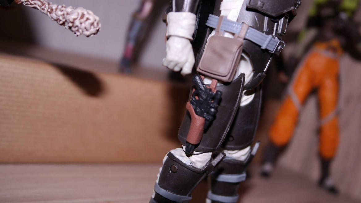 FOTF Star Wars Black Series Dengar Review 3