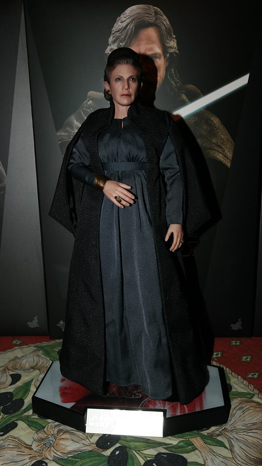hot toys general leia organa review 25