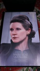 hot toys general leia organa review 3