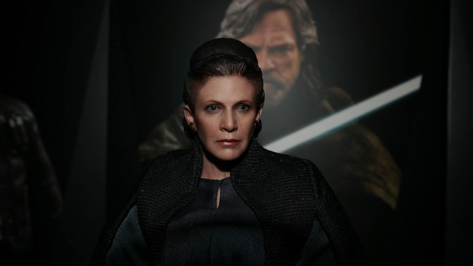 hot toys general leia organa review 9