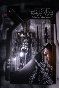 Black Series Archive IG-88 Review 3
