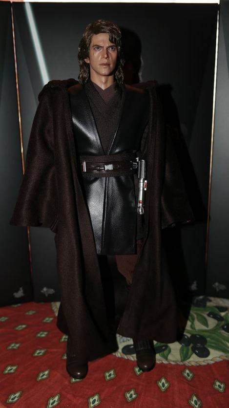 Hot Toys Anakin Skywalker Review 8