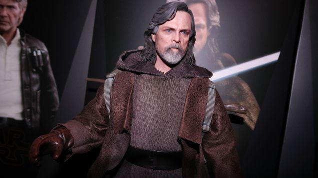 Hot Toys Luke Skywalker Review 16