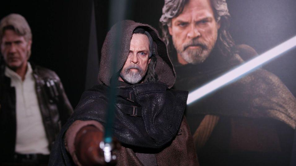 Hot Toys Luke Skywalker Review 25