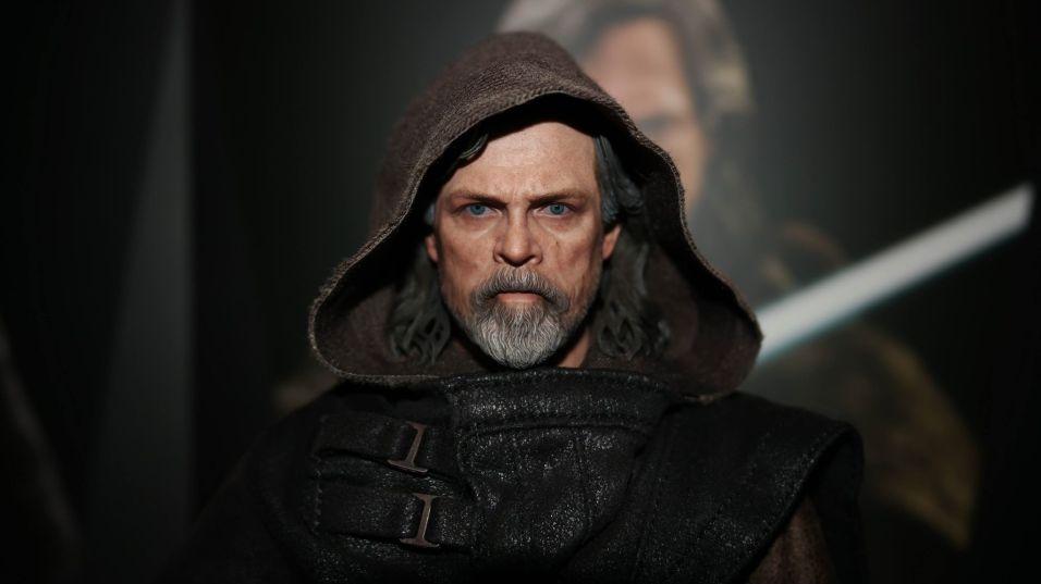 Hot Toys Luke Skywalker Review 26
