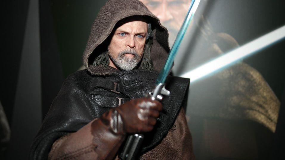 Hot Toys Luke Skywalker Review 30